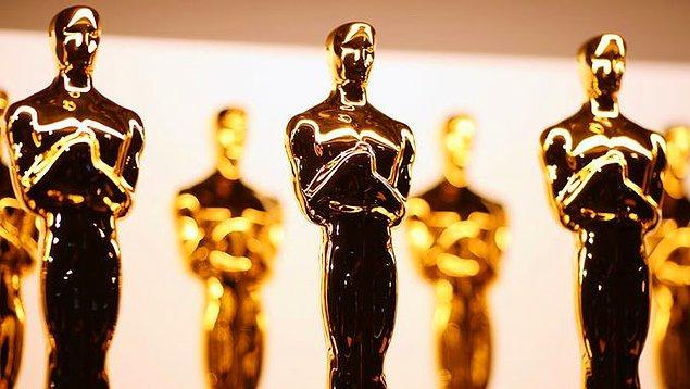 9. Son 7 En İyi Yönetmen Oscar ödülünün 5'ini Meksikalılar almıştır.