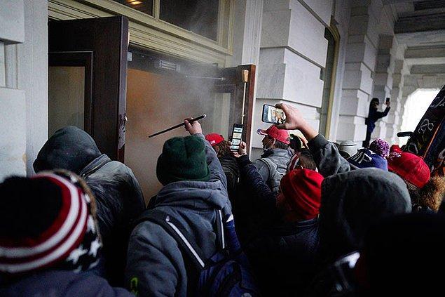 ABD'de güvenlik güçleri, Kongre binasının yakınında patlayıcı bulunduğunu ve etkisiz hale getirildiğini açıkladı.