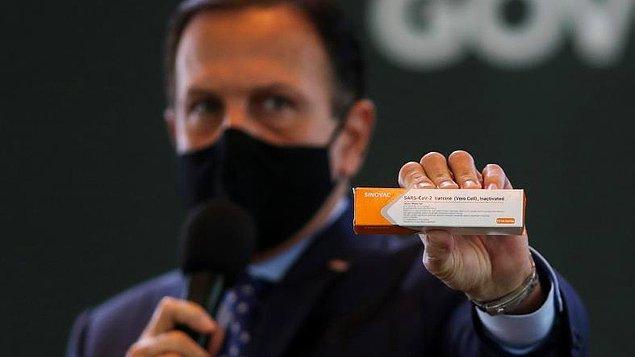 Brezilya'daki testlere göre aşının etkinlik oranı yüzde 50,4 ancak geçen hafta bu oranın yüzde 78 olduğu açıklanmıştı.