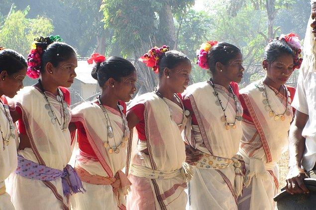 Ghotul, gençlere seks yapmayı öğreten değişik bir festival!