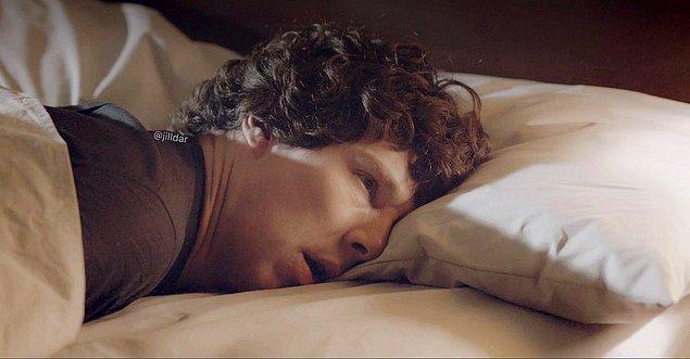 1. Uyanmak ve o sıcak yataktan çıkıp işe gitmek dünyanın en zor şeyi haline gelir.