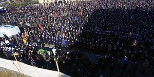 Koronadan Hayatını Kaybeden 'Hoca'nın Cenazesinde İzdiham! Korona Salgınını Kimse Umursamadı!