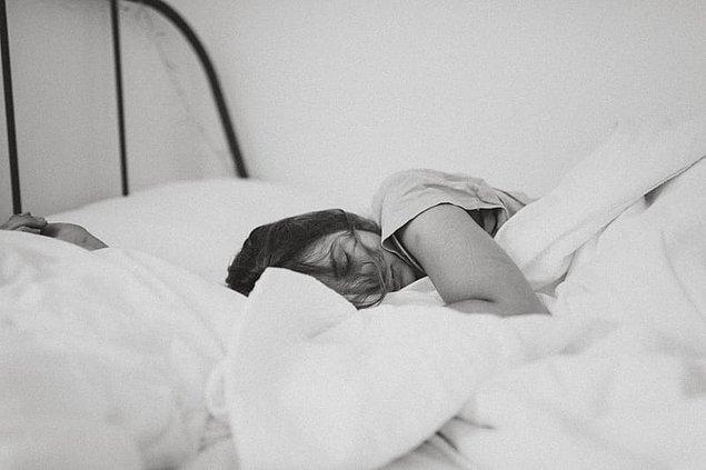 """17. """"Bir hafta önce uykuya daldığımı ve uyandığımı hatırlıyorum - bütün bir haftayı tekrar yaşadım ve ne olduğu hakkında hiçbir fikrim yok..."""""""