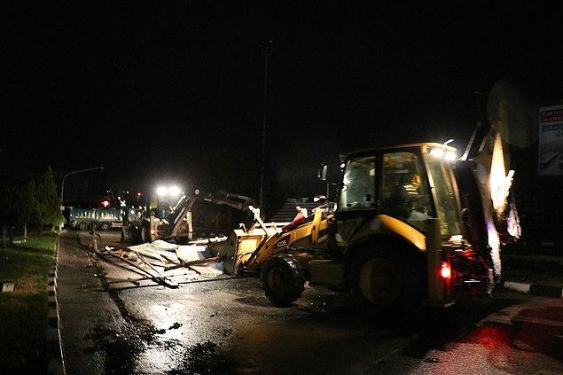 Fırtına nedeniyle, enerji iletim hatları koptu, bazı trafolarda arıza oluştu.