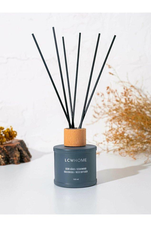 1. Hadi bakalım, hem şık hem estetik hem de mis gibi bir oda parfümüne herkes evinde yer açsın!