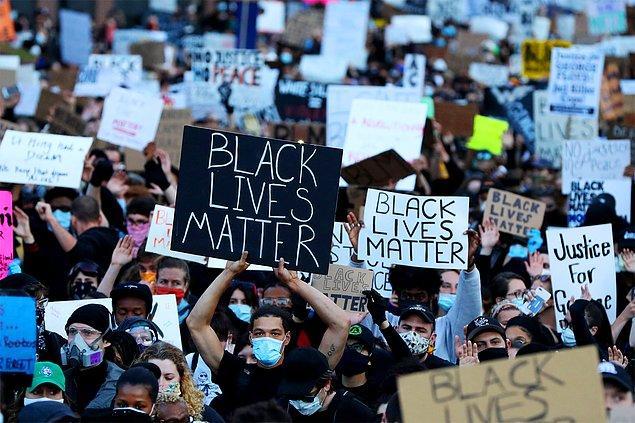 Yedinci gün gündemi 'ırk eşitliği' oldu.