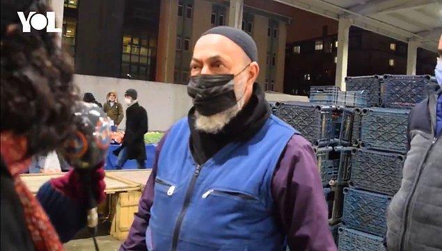 Bir pazarcı da ekonominin kötülüğünden bahsederken 'AKP'ye oy veren ellerim kırılsın' dedi.