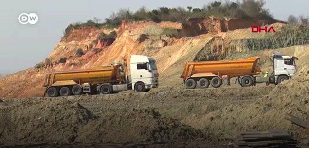 Katı atık depolama tesislerinin diğer bir olumsuz etkisi de ormanların parçalanmasına neden olması.