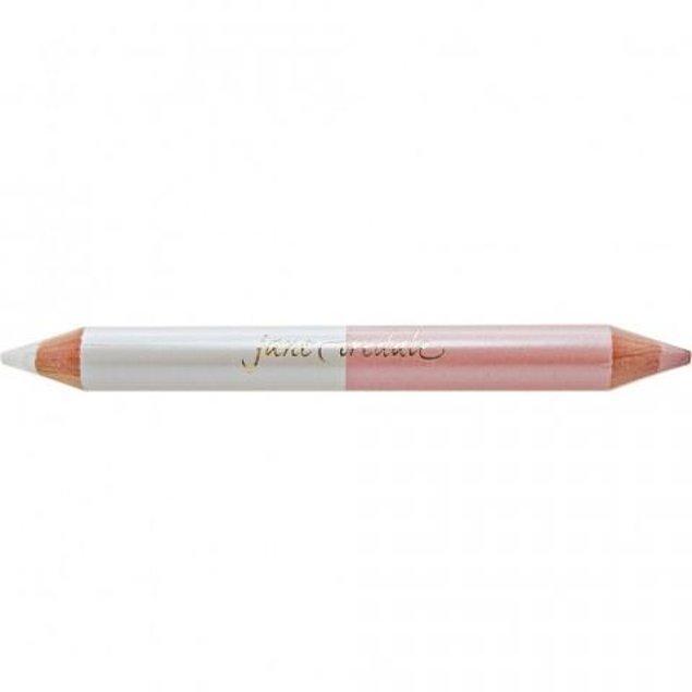 15. Gözünüz için iyi marka bir aydınlatıcı kalem ile çok daha etkileyici gözlere sahip olabilirsiniz.
