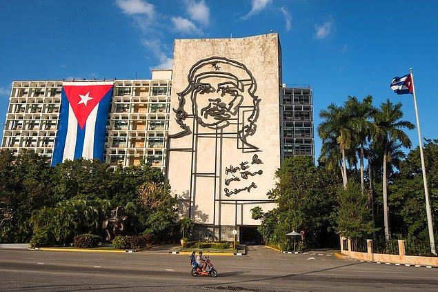 Küba ekonomisi 2020'de yüzde 11 küçüldü.