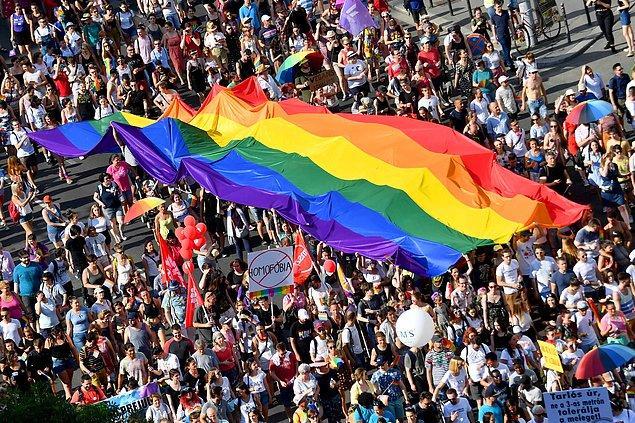 LGBT+ ve insan hakları savunucusu Peter Tatchell de İsrail gazetesine şu değerlendirmede bulundu 👇