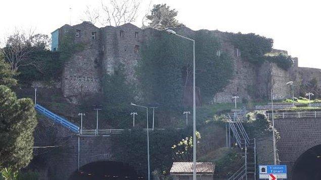 Mahkeme kalenin aynı sülaleye ait olduğuna karar verdi