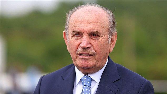 Topbaş, 2004 yılından itibaren 3 dönem üstlendiği görevinden, 2017 yılında tartışmalı bir şekilde istifa ederek ayrılmıştı.