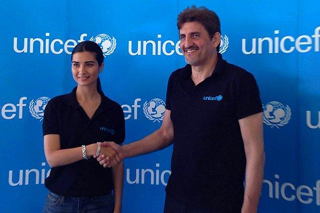 Onların Adriana Lima'sı varsa, bizim de Tuba'mız var! 2014 yılında Unicef Türkiye'nin iyi niyet elçisi seçilen oyuncu, aynı yıl Kara Para Aşk dizisiyle de ekranlardaydı.