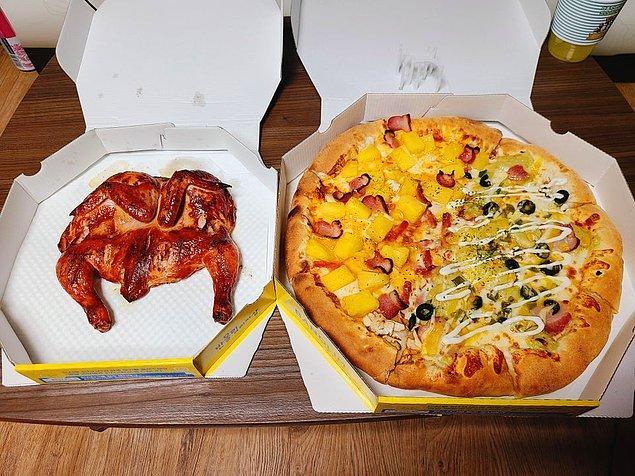 """5. """"Kore'de pizza sipariş ettim ve yanında hediye olarak bütün bir füme tavuk verdiler!"""""""