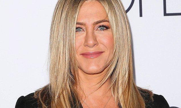 8. Birbirine Yakın Gözler: Jennifer Aniston gibi yakın gözlere sahipseniz gölge oyunları tam sizlik.