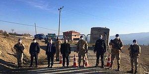 Sinop'ta 'Misafir Teyze' Alarmı: 41 Ev Gezdi, 200 Kişiye Virüs Bulaştırdı