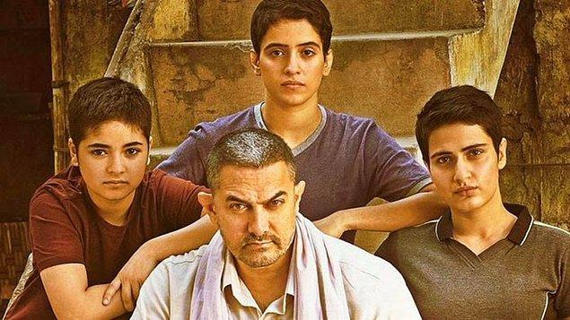 Eğer Aamir Khan'n meşhur 'Dangal' filmini izlediyseniz, bu hikaye gerçek mi yoksa hayal ürünü mü diye çok merak etmişsinizdir.