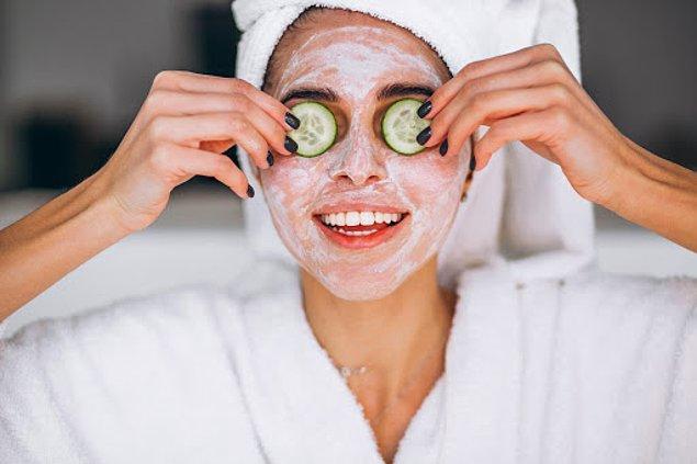 12. Her reklamı yapılan ürünü almayın. Kendinize uygun bir maske bulup, onu düzenli kullanın.