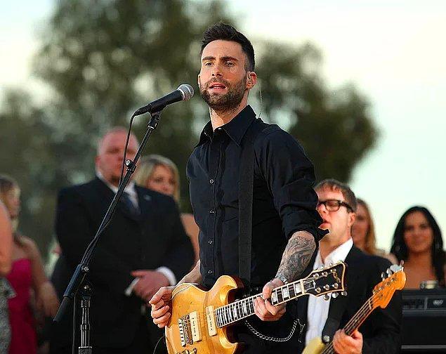 8. Maroon 5 grubunun solisti olan Adam Levine, müzik gruplarıyla ilgili yaptığı açıklamayla gündeme bomba gibi düştü!