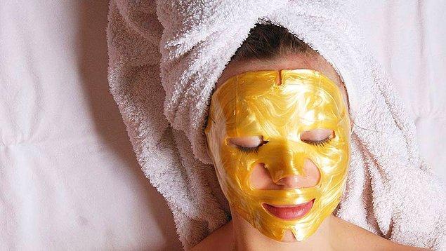 13. Bu soyulabilen maskeler de ayda abartmadan kullanılırsa, çok iyi sonuç verebiliyor.