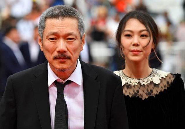 """En İyi Senaryo dalında """"Gümüş Ayı"""" ödülünü """"Introduction"""" filmiyle Güney Koreli Hong Sangsoo aldı."""