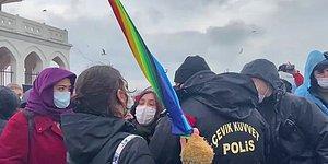 'İnsan Hakları Eylem Planı' Hayata Geçti, Gökkuşağı Renkli Şemsiye Yasaklandı!
