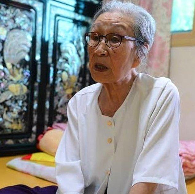 Ancak Japonya hükumeti bu olaylarla ilgili hiçbir şekilde ne kadınların taleplerini kabul ediyor ne de özür diliyor.
