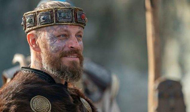 3. King Harald Finehair olarak bildiğimiz Peter Franzén de normal hayatındaki yaşam tarzıyla bizleri şaşırtıyor.