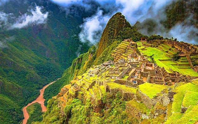 3. Machu Picchu, Dünyanın Yeni Yedi Harikasından biridir.