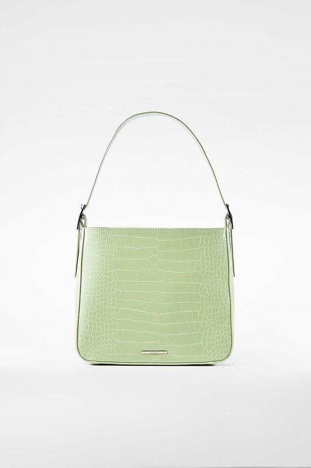 3. Güzel renkli bir çanta olmazsa olmazımız!