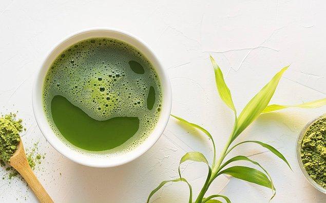 2. En doğal arındırıcı ve toksinleri söküp atan kahraman: Yeşil Çay