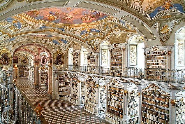 5. Admont Abbey Kütüphanesi-Avusturya