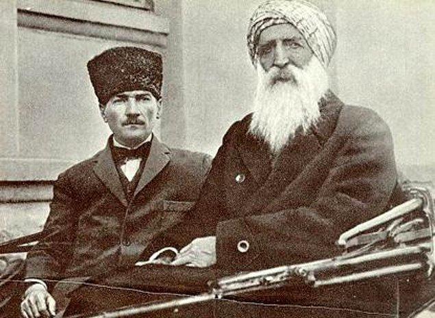 """Yıllar sonra """"Türkiye Cumhuriyeti'ni kuran Türkiye halkına Türk milleti denir."""" diyerek Türk tanımı yapacak olan Atatürk için Anadolu'nun her ferdi elbette değerlidir. Ve sizin de okuduğunuz üzere bunu Papa'ya yanıtında açıkça belirtir."""