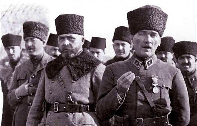 Bunun üzerine -gerekmedikçe savaşı bir cinayet olarak gören- Mustafa Kemal Paşa, kendine has nazik ancak öfkeli üslubuyla şu şekilde cevap verir: