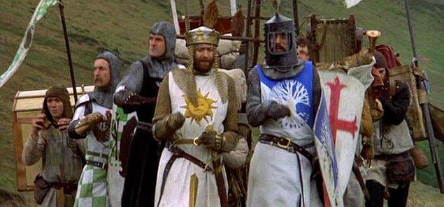4. Monty Python ve Kutsal Kâse (1975)