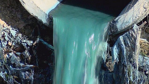 """""""Mavi su kimyasal mı yoksa zehirli atık mı bilmiyoruz"""""""