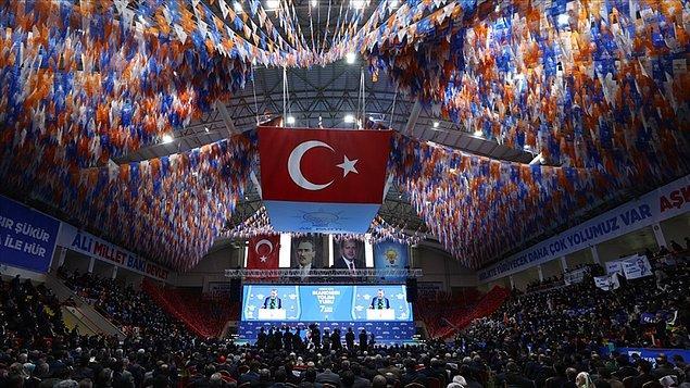Bu gelişmeler AKP içerisinde nasıl değerlendiriliyor?