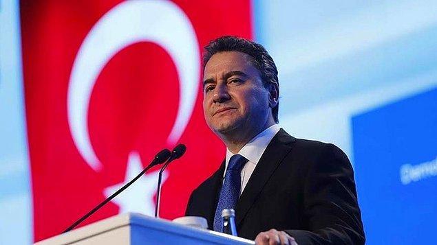 DEVA lideri Ali Babacan da gelişmeleri saat 15.00'te online basın açıklaması yapacağını duyurdu