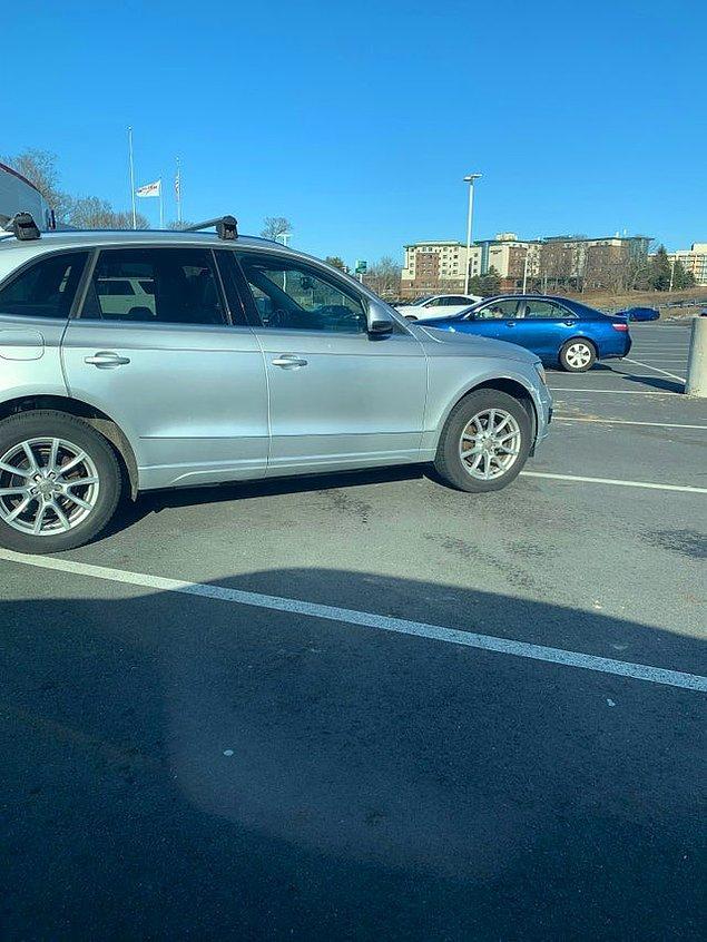 7. Öyle olmaz kardeşim şöyle iyice çaprazlamasına 5 kişilik yere park etseydin