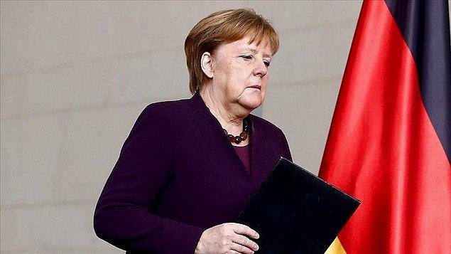 """""""Merkel hükümetinin bir bildiği varsa Türkiye ile paylaşsın"""""""