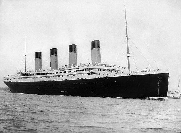 6. Titanic Gemisi'ndeki gözcülerin dürbünleri yoktu.
