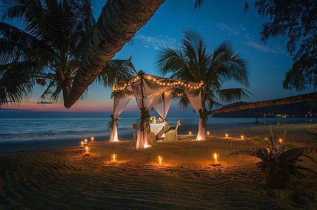 Birlikte romantik bir akşam yemeği