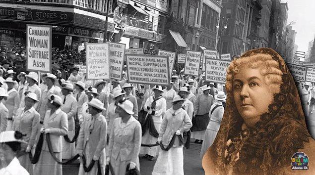 1800'lü yıllarda Amerikalı yazar ve aktivist Elizabeth Cady Stanton gibi isimlerin kadınların seçme ve seçilme hakkı olmayışını protesto ederken ruj sürmeleri makyaj ve kadının özgürlüğünü ilişkilendirdi.