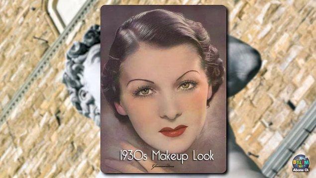 1920'lerde dumanlı göz makyajı ilk kez görülmeye başlanırken, 30'lu yıllarda en popüler makyaj malzemesi vazelindi. Çünkü vazelin mat farları parlatmak ve kaşları sabitlemek için kullanılıyordu.