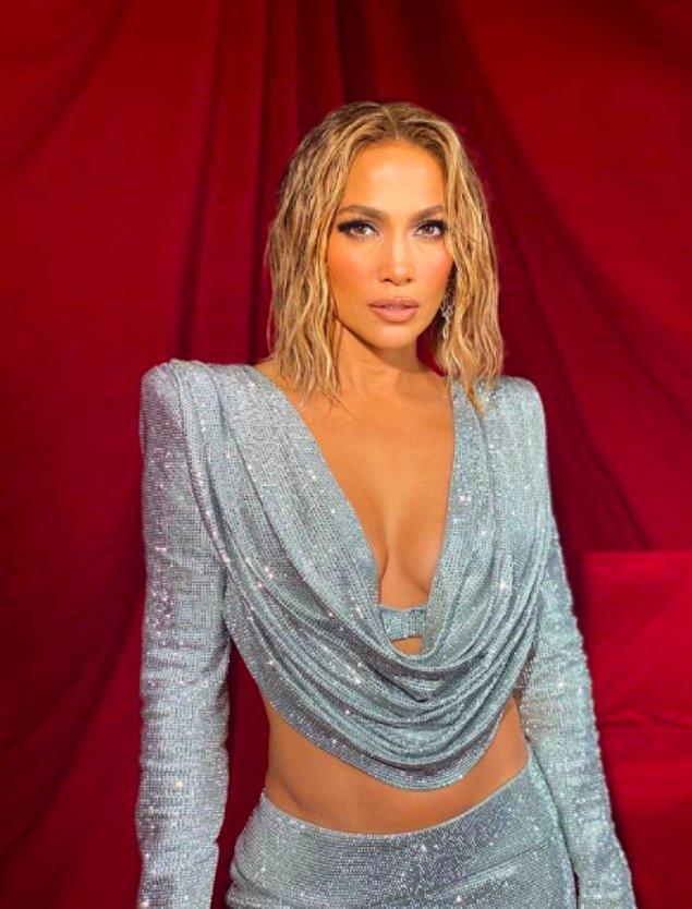 12. Jennifer Lopez - 663.000 Dolar
