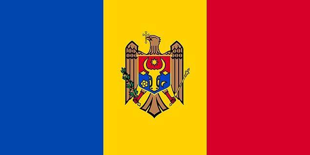 3. Dünyada iki farklı yüzü olan yalnızca 3 ülke bayrağı bulunuyor: Moldova, Paraguay ve Suudi Arabistan.