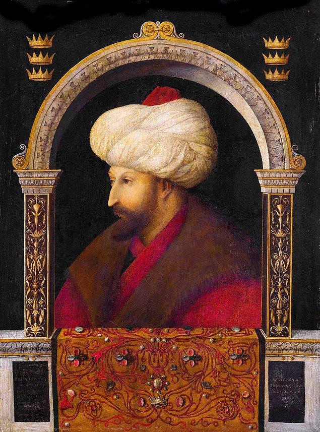 4. Osmanlı padişahları içinde portresini ilk yaptıran Fatih Sultan Mehmet'tir. Fatih öncesi portresi yapılan padişah bulunmadığı için yapılan tablolar genellikle hayali ve tasvir üzere çizilmiş eserlerdir.