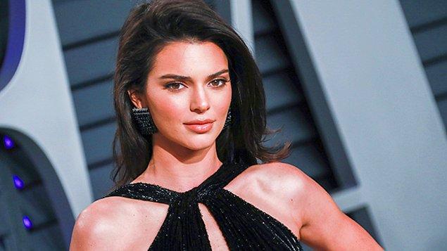 Ayrıca bu süreçte Jenner'ı korumak için evini 7/24 izleyen silahlı bir güvenlik ekibi de bulunuyor.