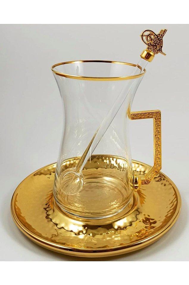 12. Çayınızı keyifle ve sağlıkla yudumlamanız dileğiyle, son olarak buraya çok şık bir çay bardağı takımı bırakıyorum.